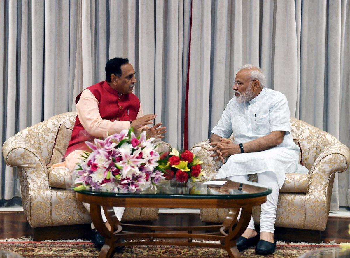 The Gujarat CM, Shri @vijayrupanibjp called on PM @narendramodi. @CMOGuj https://t.co/Exn9lE8Av2