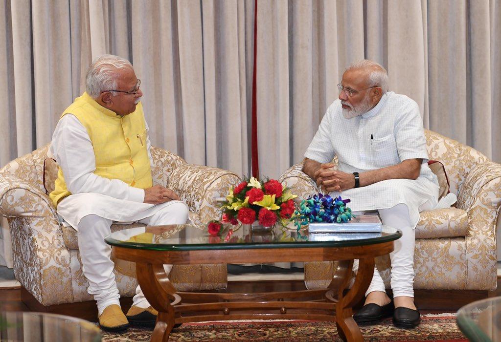 Shri @mlkhattar, Haryana CM met PM @narendramodi. @cmohry https://t.co/enOxm4iKnn