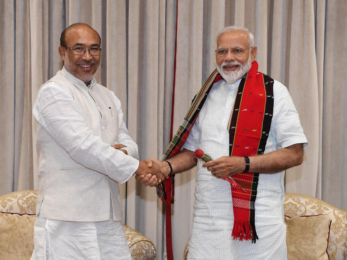 Shri @NBirenSingh, CM of Manipur met PM @narendramodi. https://t.co/ciaHKSu16z