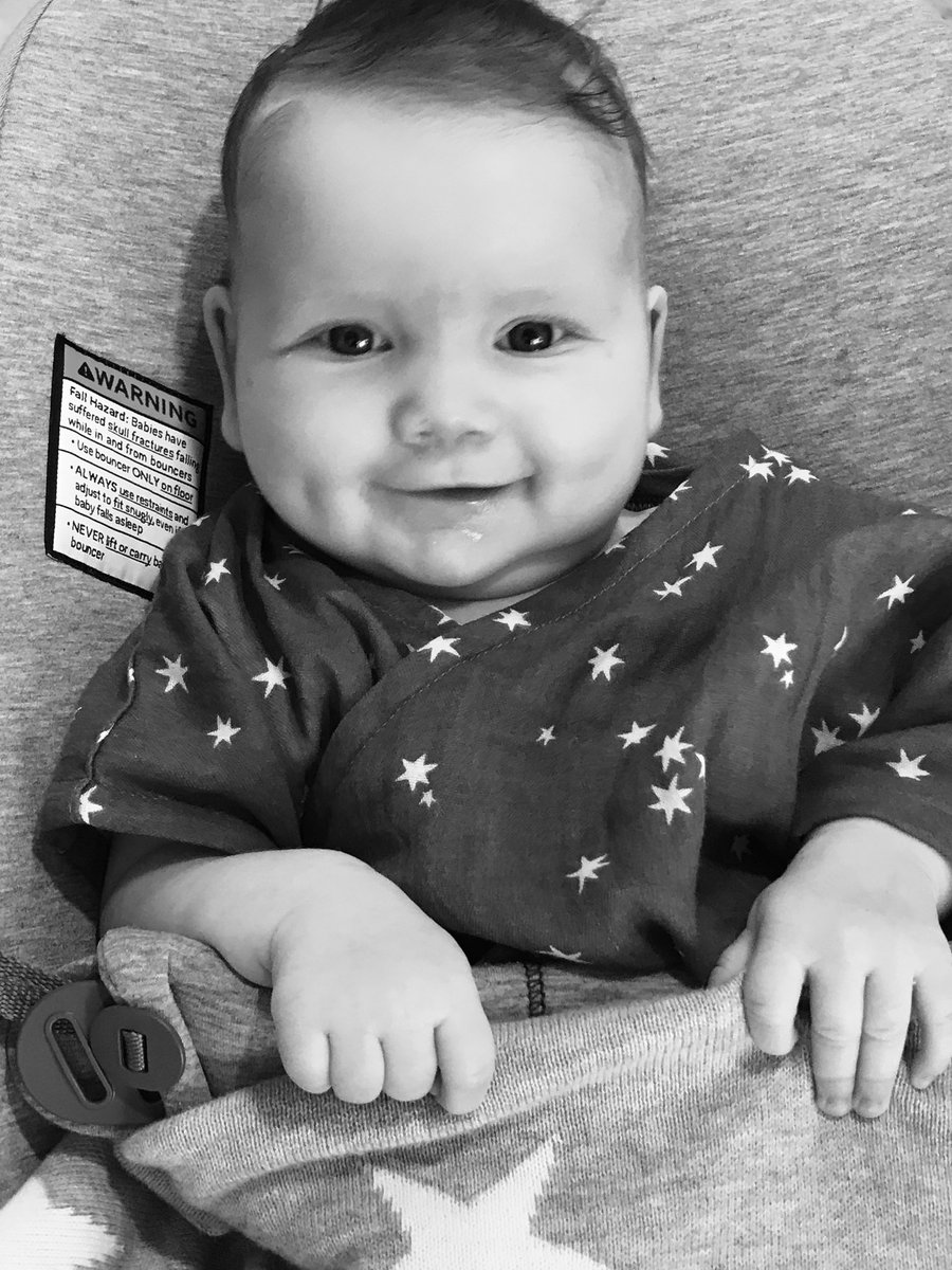 Cutest dimples I ever did see ???? (said with some thick southern accent in my head) ???? #BIRDIEMAE https://t.co/KuJW5vrZAv
