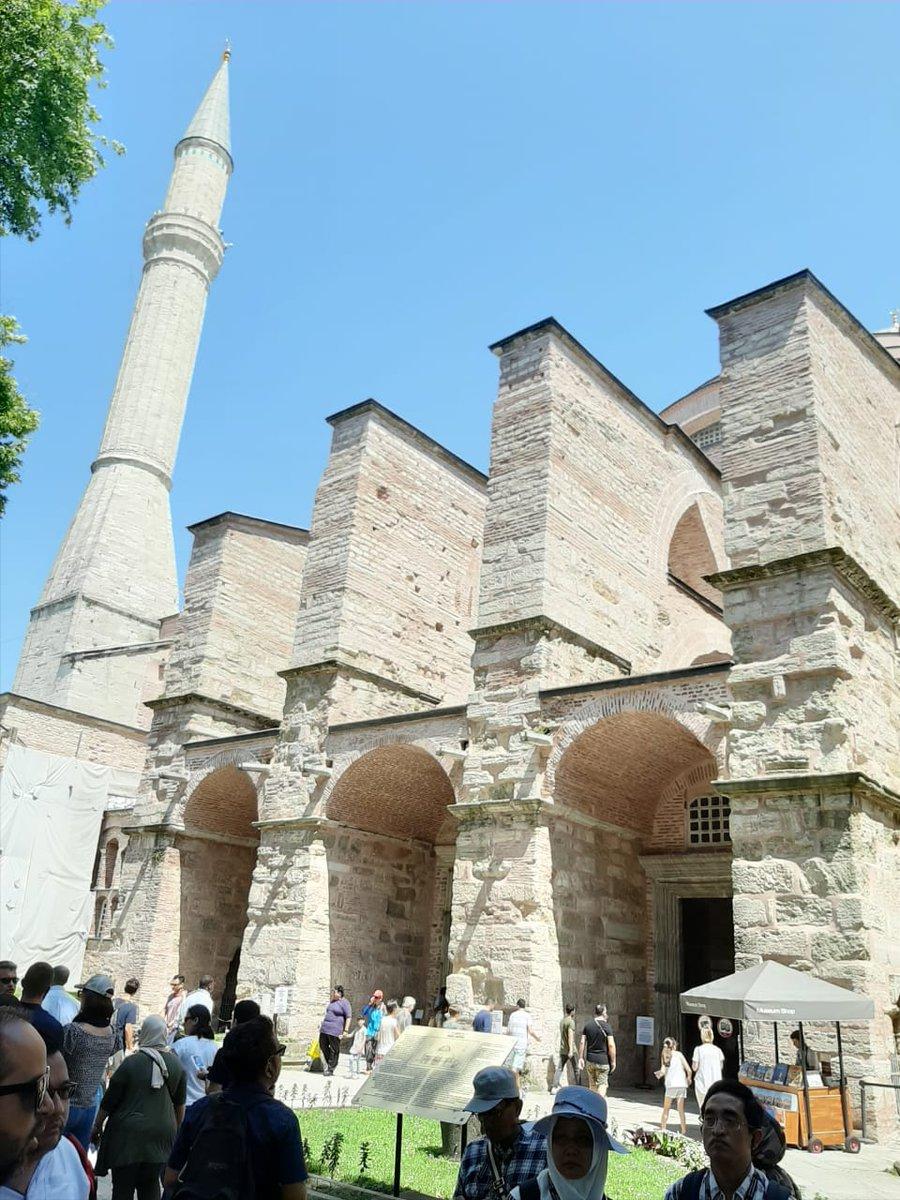 Topkapi palace , istanbul, turki #Turkey #İstanbul #topkapipalace #trip #vacations https://t.co/OwOvkhHeqA