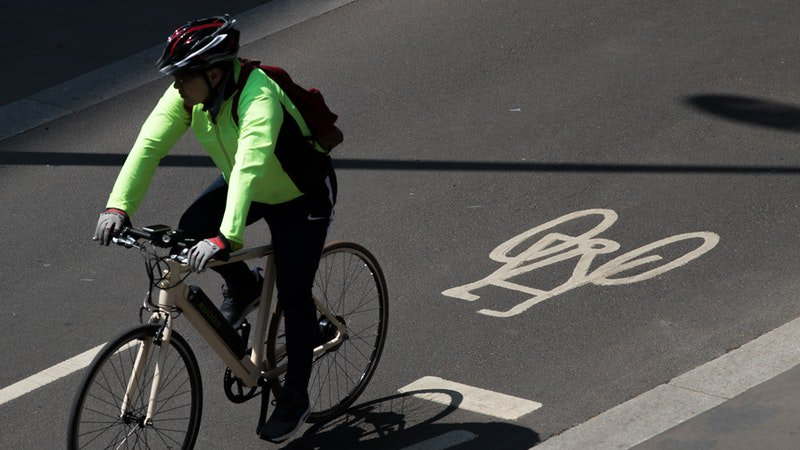 test Twitter Media - The Government has wasted hundreds of millions of pounds on 'substandard' cycling lanes which do not help riders feel safer, former Olympic cyclist @Chris_Boardman has warned https://t.co/7vZir44m5E https://t.co/dYW30MBdc9