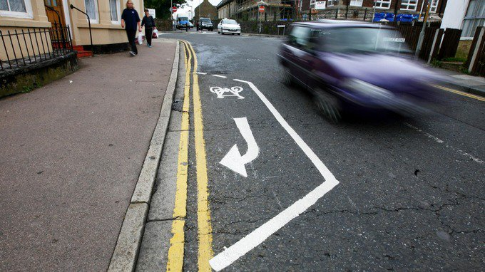 test Twitter Media - Do you have to use 'substandard' cycling lanes? Send us pictures of the worst in your area https://t.co/bNLUhHdsX1 https://t.co/kkAUbtvs1y