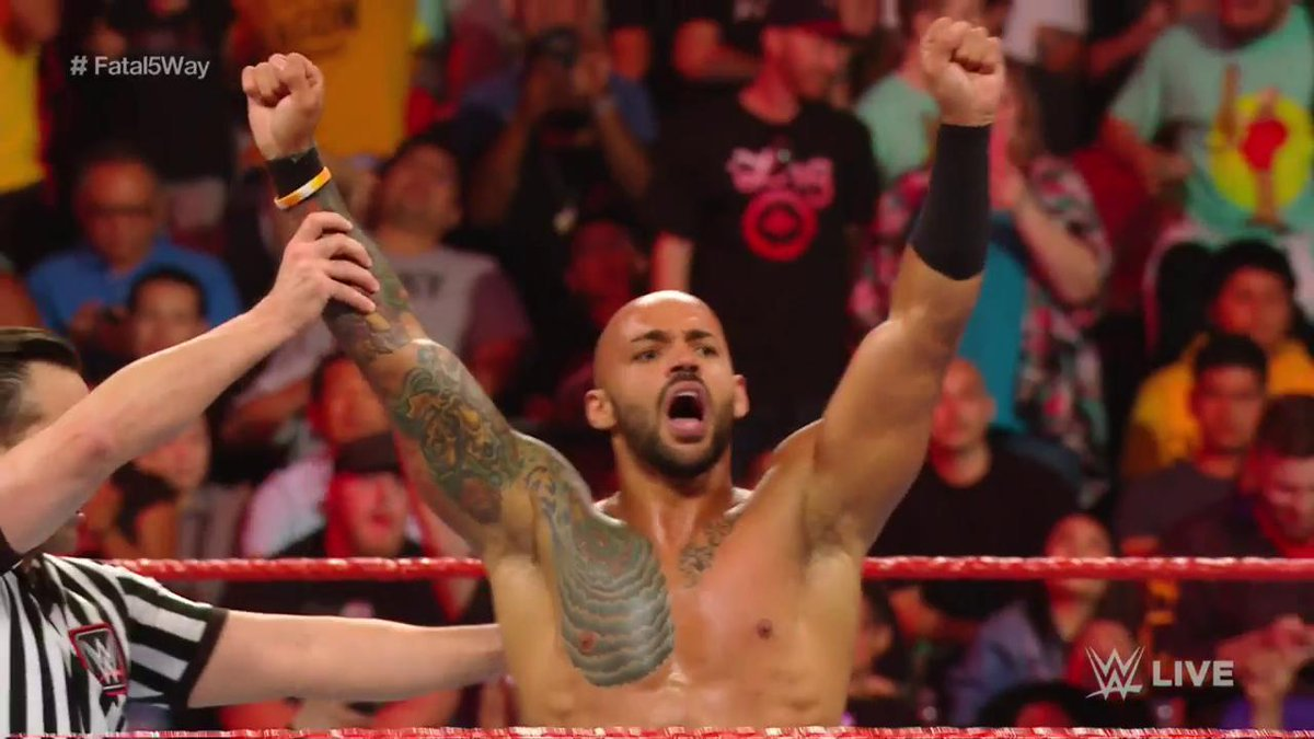 test ツイッターメディア - 【 #ロウ 速報】リコシェが5ウェイ戦を制してUS王座挑戦権を獲得!PPV「ストンピング・グラウンズ」で王者ジョーと対戦へ!  #WWE #RAW #wwe_jp https://t.co/fzOYgkXuT8
