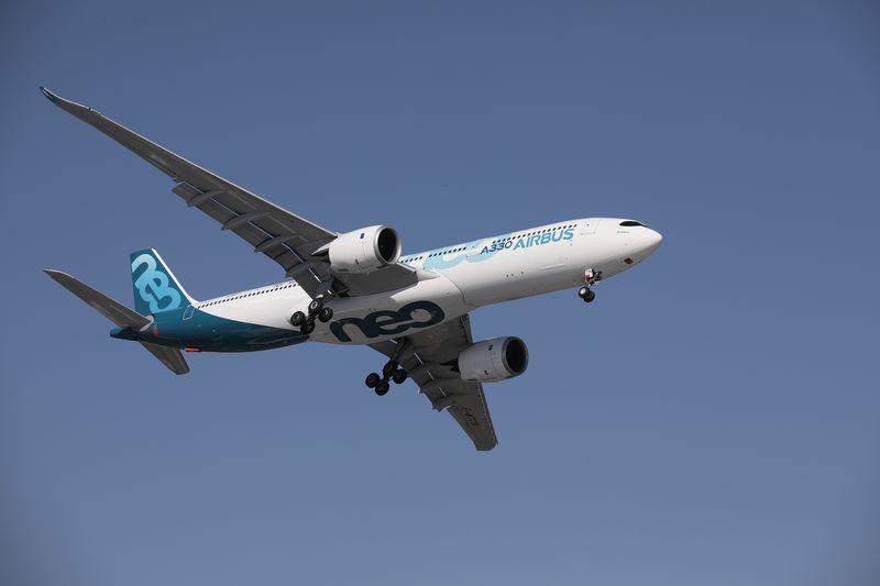 エアバスがボーイングに先行、受注や新型機披露で-パリ航空ショー - Bloomberg