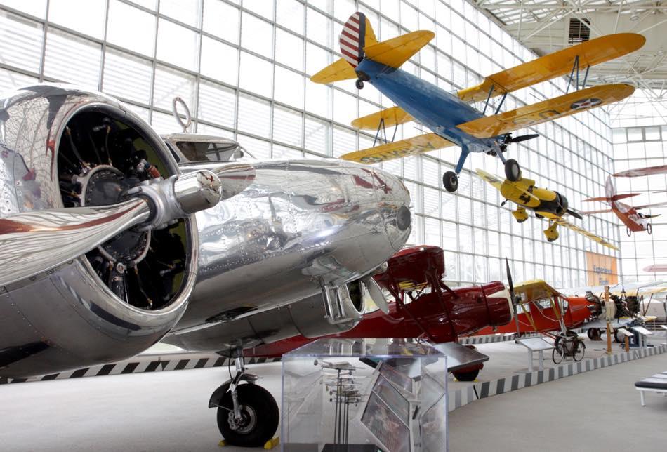 test ツイッターメディア - / ミュージアムの宝庫「#シアトル」  \  ⭐計175機もの飛行機が並ぶ「シアトル航空博物館」 ⭐インスタ映えのスポットだらけ「チフーリ・ガーデン&ガラス」  アートや航空機など見どころがたくさんあるシアトルを「ミュージアム」を通してご紹介(σ´∀`)σ⇒https://t.co/cj3HBf6G2J https://t.co/gOmx2Tv6qV