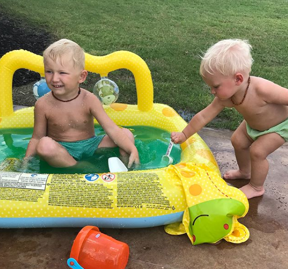 Get your swimming suits on! It's nearly paddling pool season! SLIME paddling pool season!!! 😉 #SlimePool https://t.co/DJWhTtTfUF