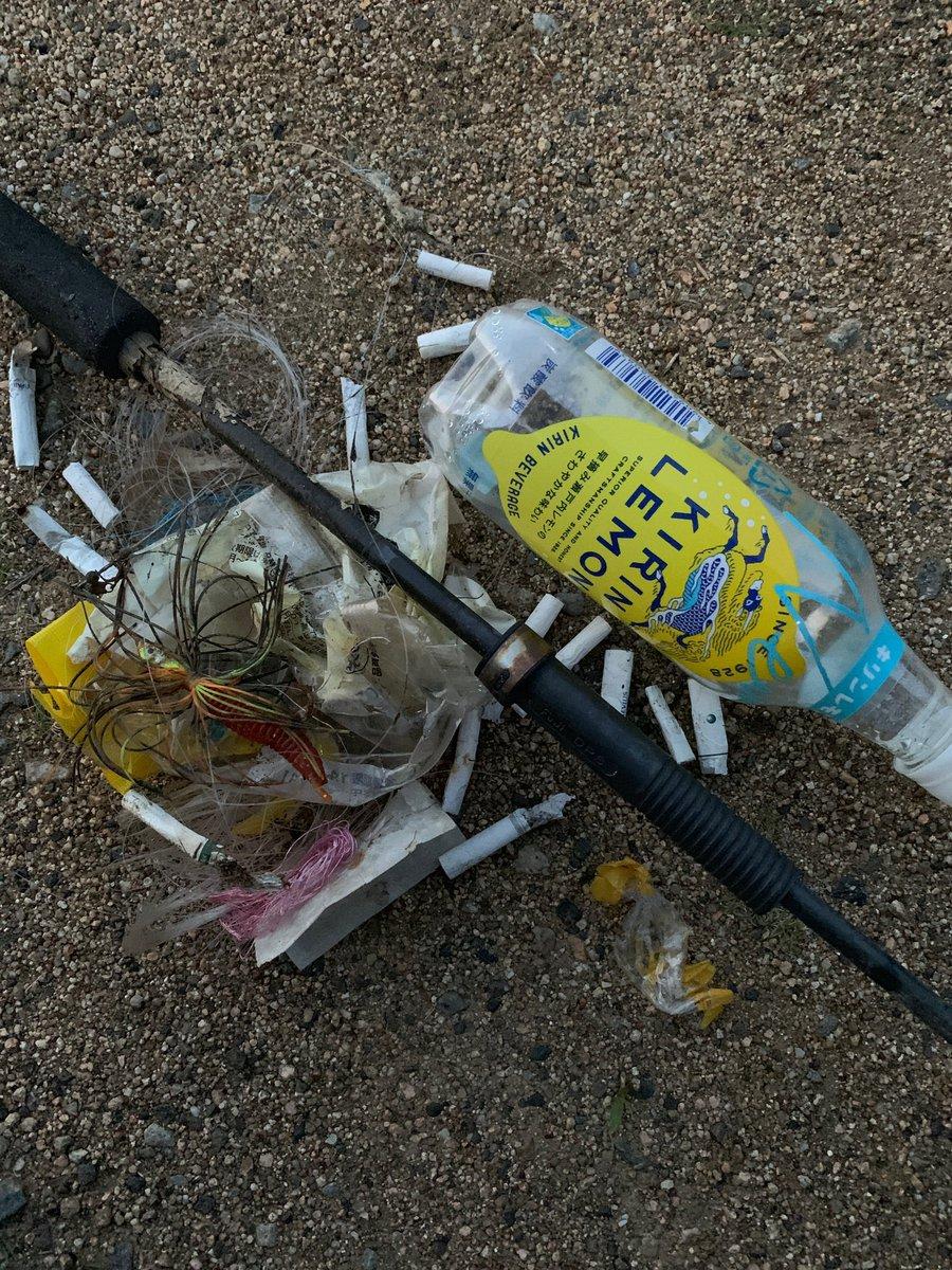 test ツイッターメディア - ロストしたルアーを探しに行って、 ゴミ拾いしてたら息子がロストしたダンクルを回収出来るミラクル✨ 僕のルアーは回収出来なかったけど、良かった✨釣りはしてません!  #釣り人が居れば水辺は綺麗になる  #jackall #raidjapan  #ブラックバス #バス釣り #ノリーズ #ダンクル https://t.co/aCAmU8oGdj