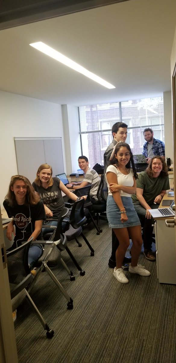 test Twitter Media - Our @UPennHLP @UPennIBI Summer Scholar experience continues! Now with the high school students on board, working alongside undergrads, PhD students, and the lab research staff on four different but complementary projects culminating with a manuscript each. 🙌🏼😀 https://t.co/anKIV2IFB6