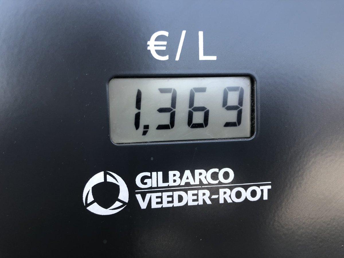 La gasolina sigue subiendo,  y nadie protesta... https://t.co/cVbFAIfDlj