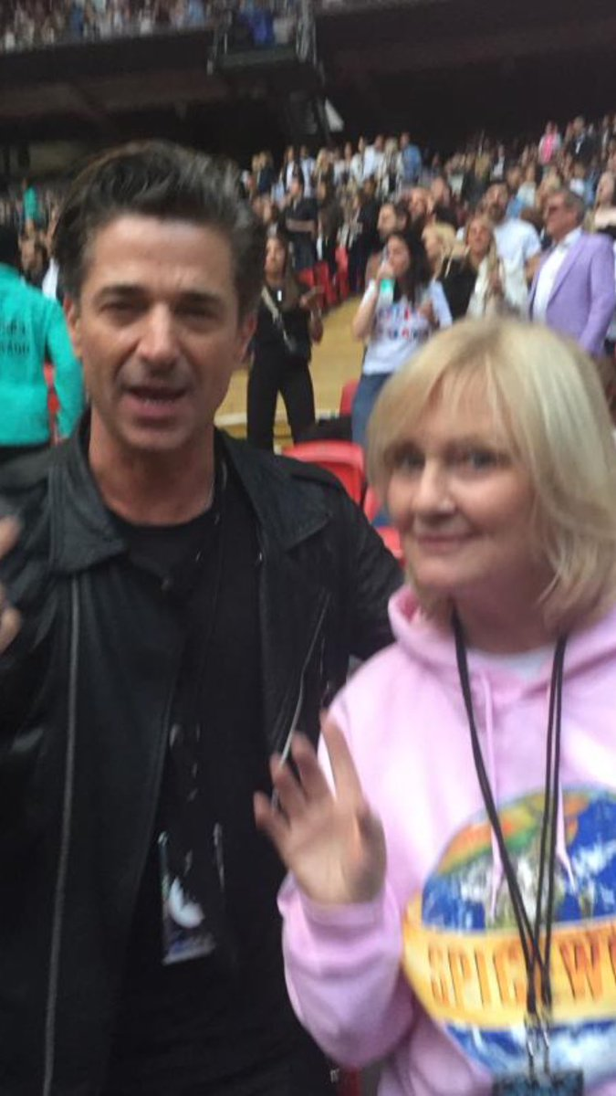 RT @PaulineBunton: Yes it's ⁦@JakeCanuso⁩ I'm dancing with ???? https://t.co/2qTHoOo4po