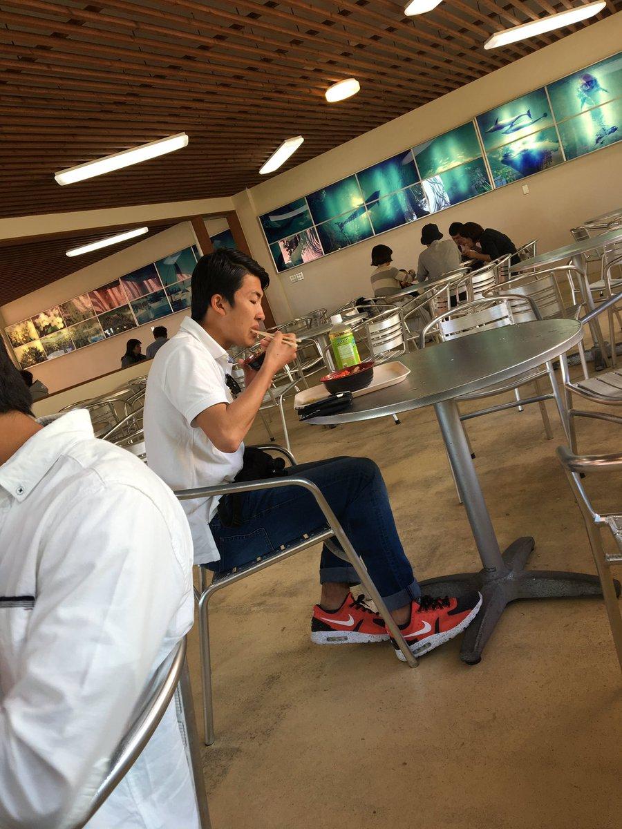 @hokuto_0619  誕生日おめでとう! なんかごめん、ろくな画像なかった。 #孤独のグルメ https://t.co/Sa6cS2Exjx