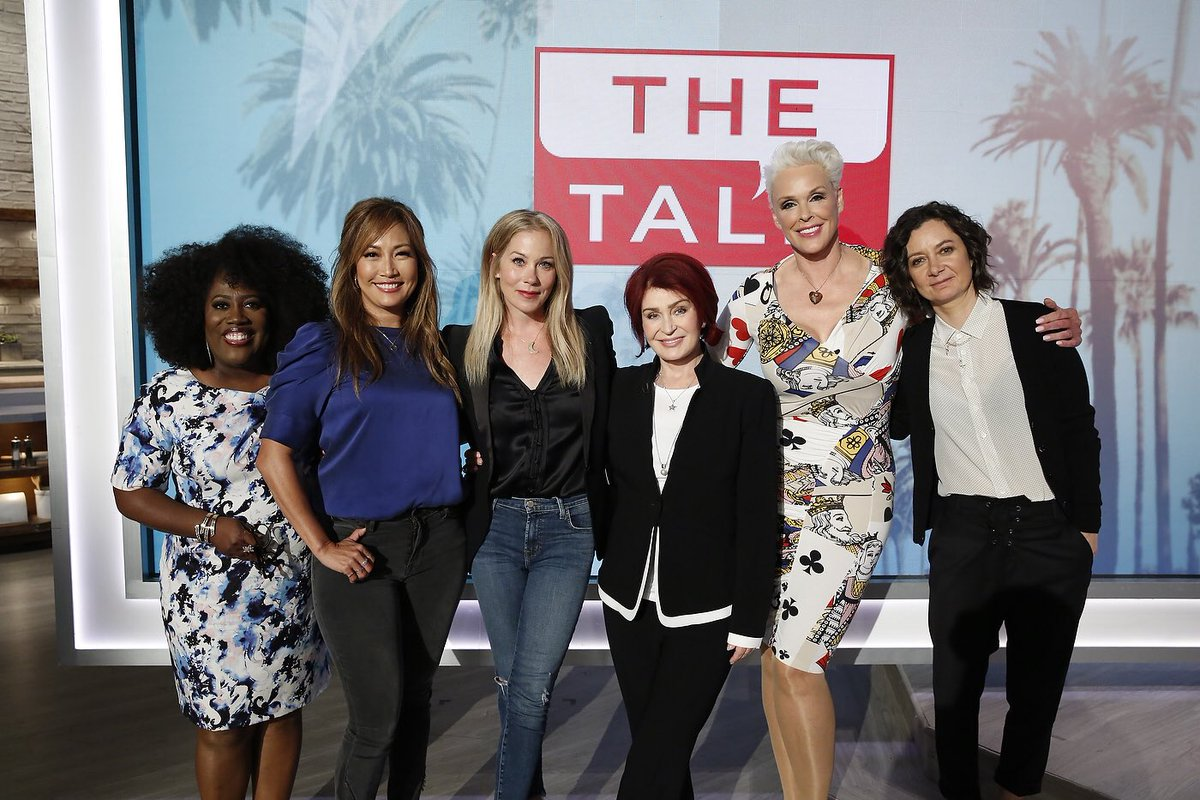 I'm on @TheTalkCBS today! Watch me talk about stuff. Like Dead To Me and other weird things. Hah https://t.co/M4h1ZS2CXN