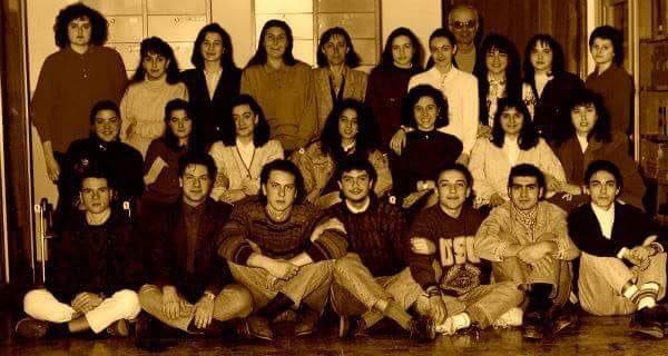 """test Twitter Media - """"Io mi ricordo quattro ragazzi con la chitarra..."""" III F #Liceo Imbriani #Pomigliano (Na) 1992 #Maturita2019 https://t.co/Rs5JJlsV8l"""