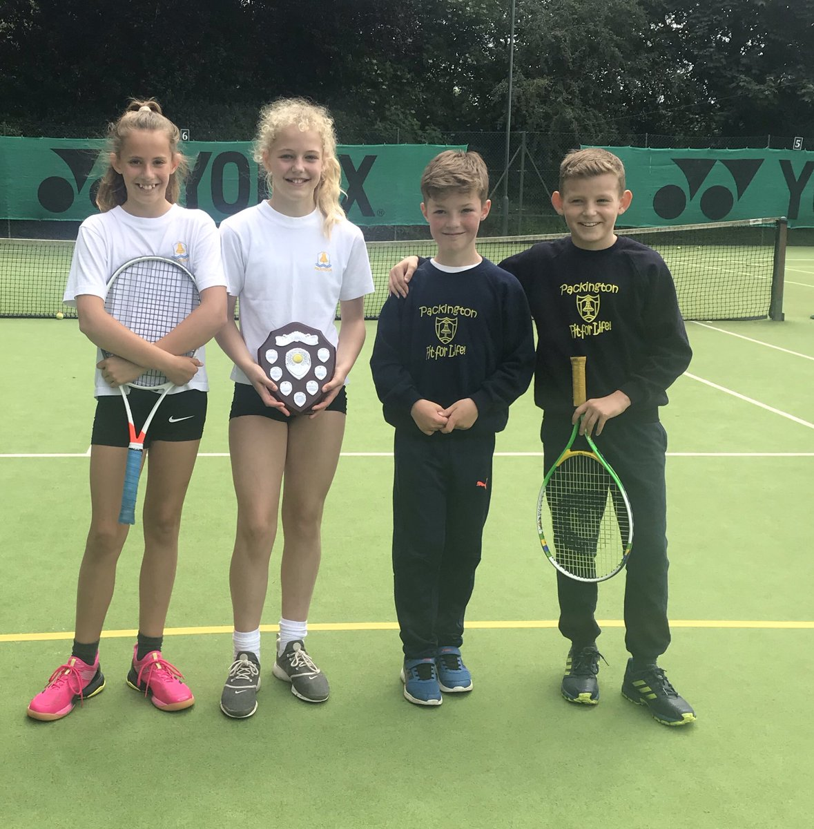 Well done to our tennis winners of year 3/4 and year 5/6...@Pack2ALL! Congratulations to @Willesleyschool and @WhitwickPrimary for making it to the finals! Thanks to @ashbytennisclub for hosting and running the final! 🎾 #tennis #schoolsports #summersports