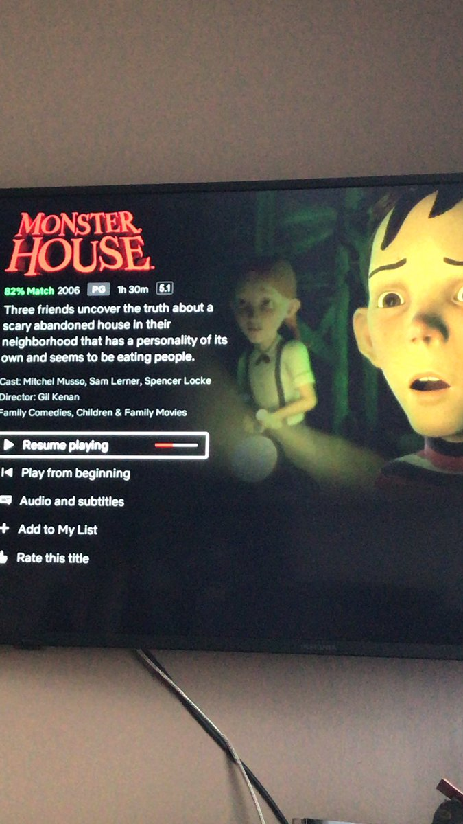 Watchin #monsterhouse with the kiddos today  #theyresoscared #HAHAHA  #atrueclassic https://t.co/2l6BkUC47h