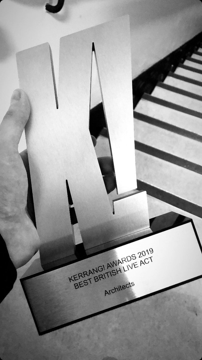 RT @MDDNco: .@Architectsuk Best Live Act @KerrangMagazine https://t.co/8pgbOOoRXr