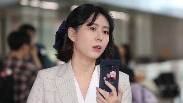 RT @KBSnews: 경찰이 고(故) 장자연 씨 사건의 증인으로 나섰던 배우 #윤지오 씨의 은행계좌 등을 압수수색해...