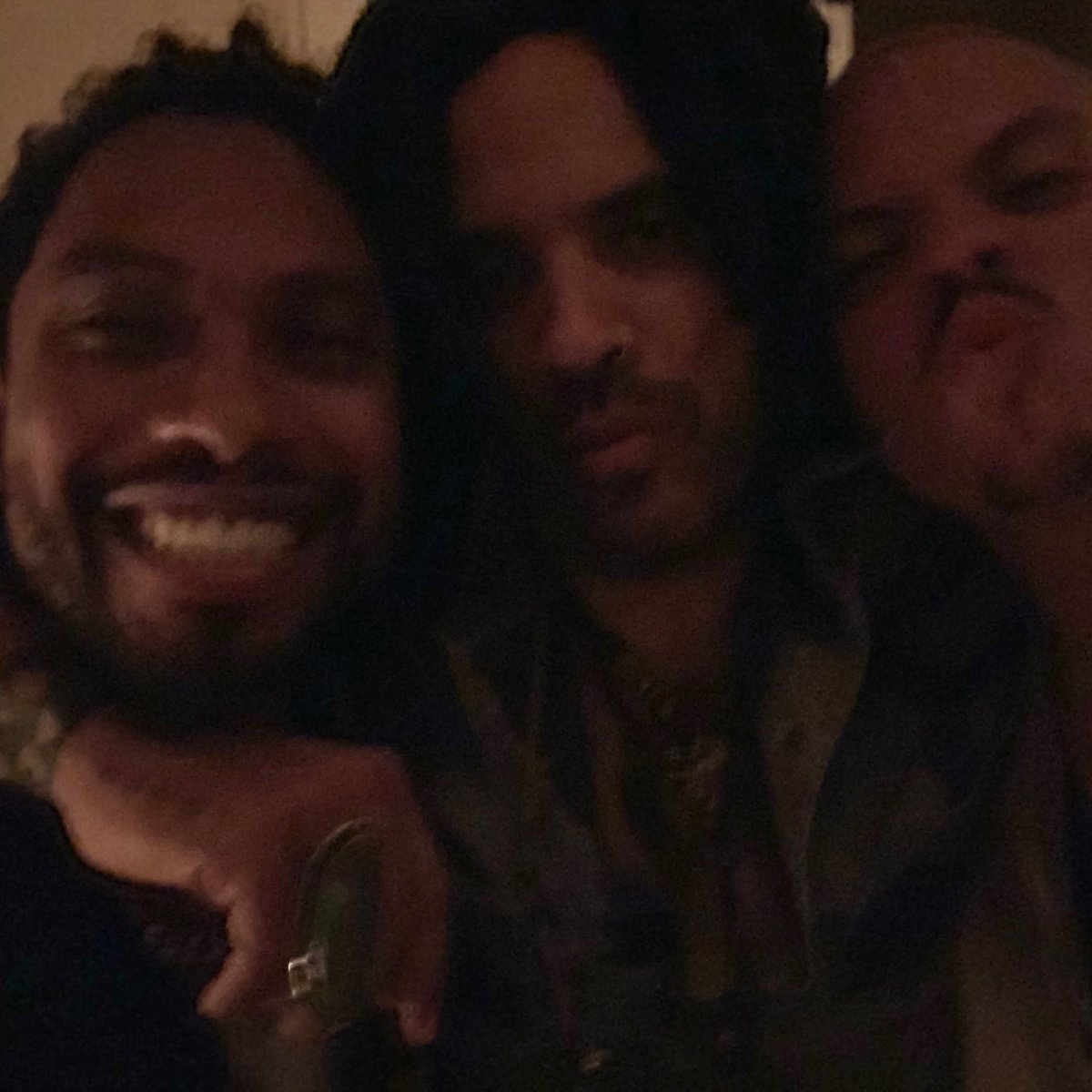 Last night was a blur @Miguel @realevanross https://t.co/1CtdXHd7qZ