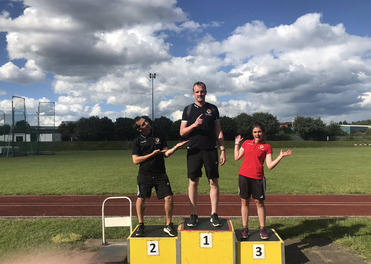 A huge thanks to a @Ashby_Hill_Top and @woodstonecps for organising the Saffron Lane athletics event today! We hope everyone had as great a time as we did! 🏆🏃🏽♂️🏃🏻♀️ #athletics #schoolsport #yourschoolgames