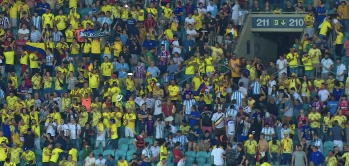 Colombia vamos que estamos increíble!!! Shak  ❤️❤️ ???????? ???????? https://t.co/4IbdguRFpb