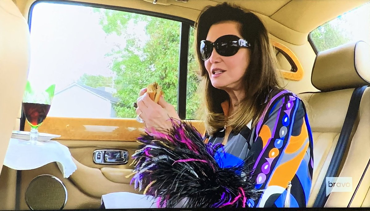 test Twitter Media - I just found my life goal someday... To be like @Pataltschul and eat a @McDonalds hamburger and have a glass of red for lunch in the back of my @RollsRoyce #SouthernCharm @BravoTV https://t.co/uxaE0AyaDt