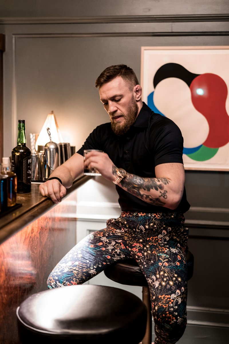 RT @augustmcgregor: Dress well. Drink Well.  #augustmcgregor https://t.co/MZVqSyytOX