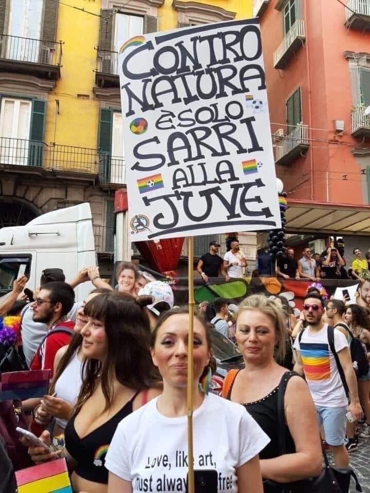 RT @NinoMocerino_: Gay-pride Napoli 🏳️🌈 #Napoli #NapoliPride #gaypride #sarri https://t.co/Z5RbmyQrmh