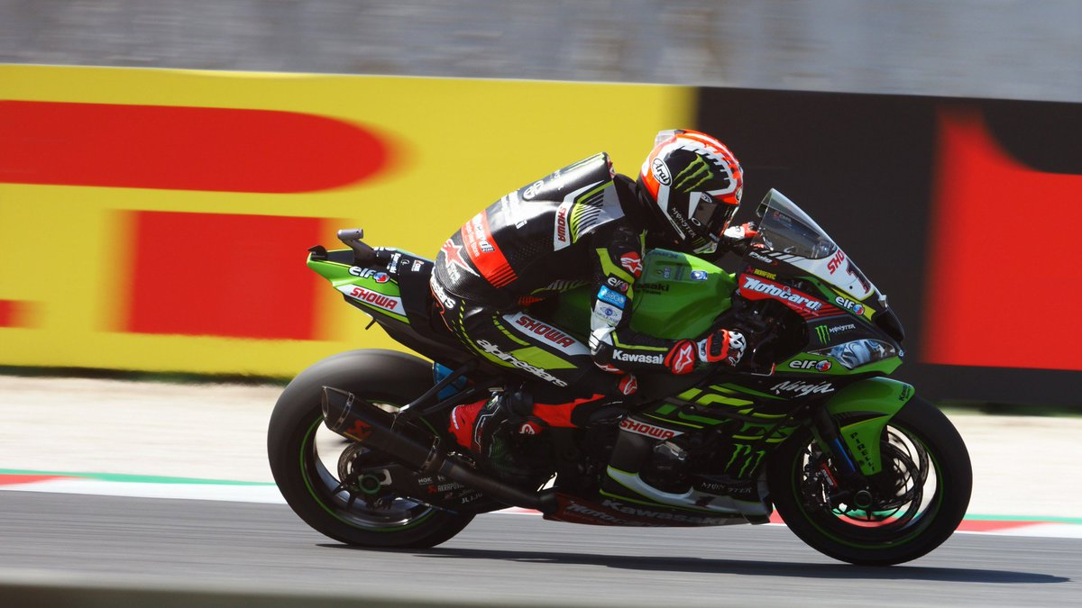 test Twitter Media - 🤜🏻 @jonathanrea slashes @19Bautista's lead to 16 points after dramatic Race 2!  #RiminiWorldSBK🇮🇹  📃 REPORT | #WorldSBK  https://t.co/0bcxkgZCbD https://t.co/WlMvfZAbXR