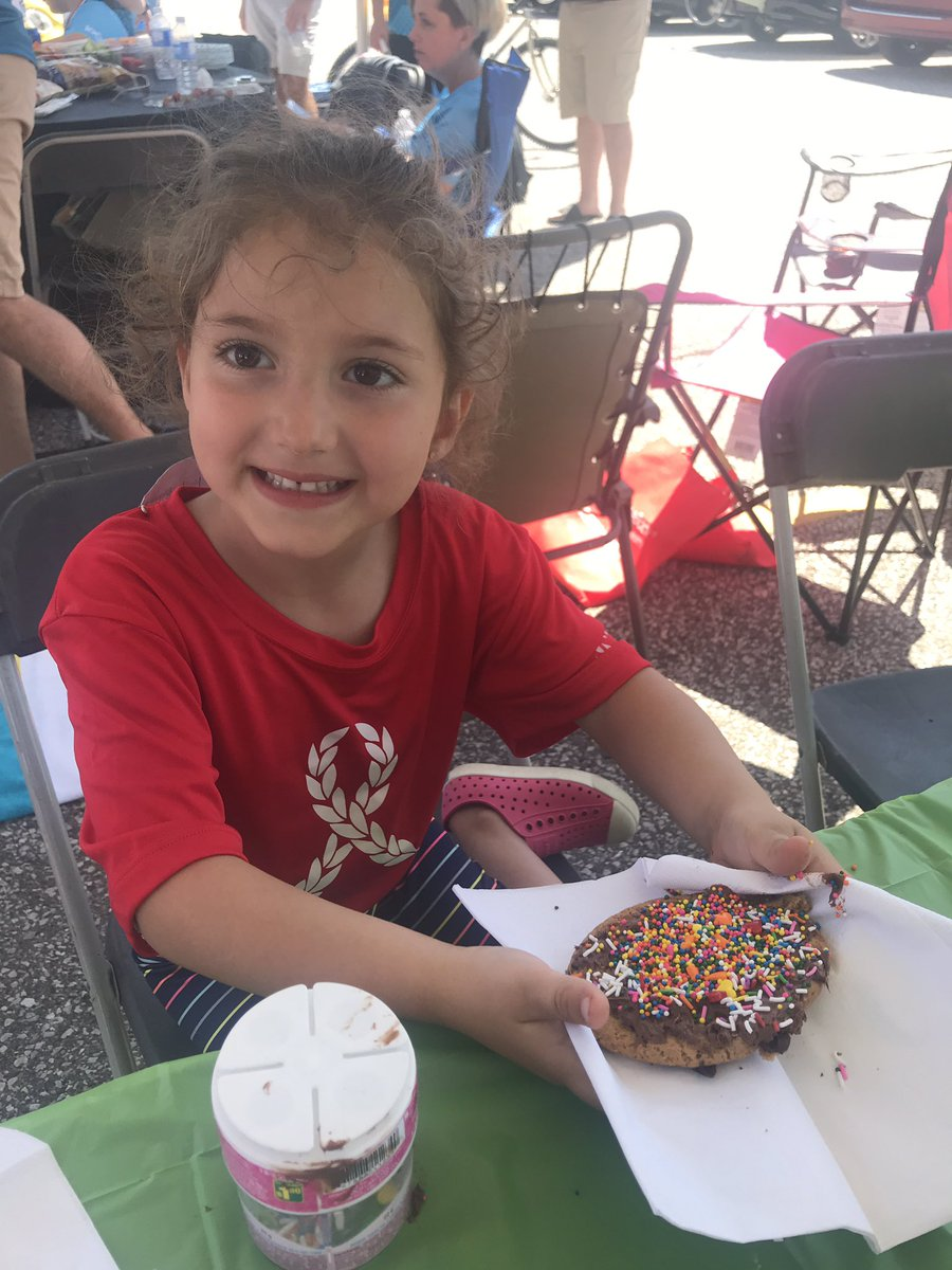 test Twitter Media - Happy smiles at the cookie decorating station! @TimHortons #RideDontHide #YQG https://t.co/i641WI6bEy