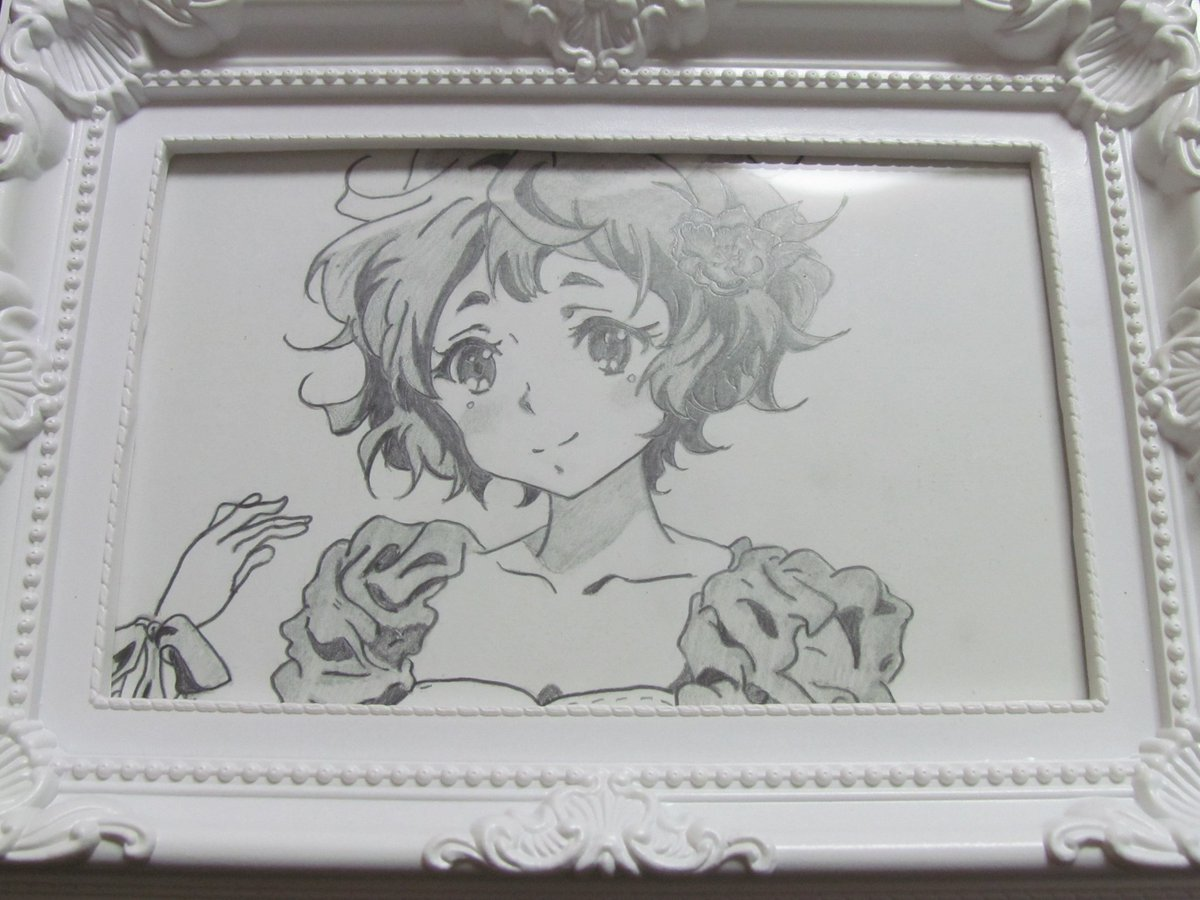 ダイソーのフレームつけたら、誕生祭っぽくなった(o^∀^o)#anime_eupho #嫁の落書き