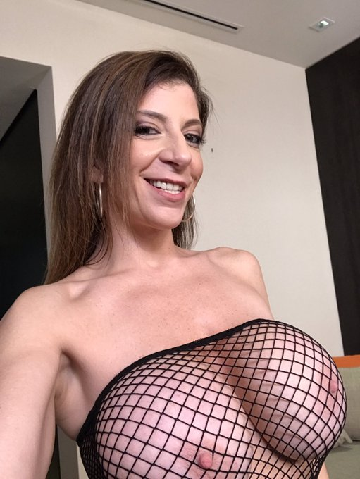 RT if you like the THOs ( . )( . ) https://t.co/7LLtJQJnkW