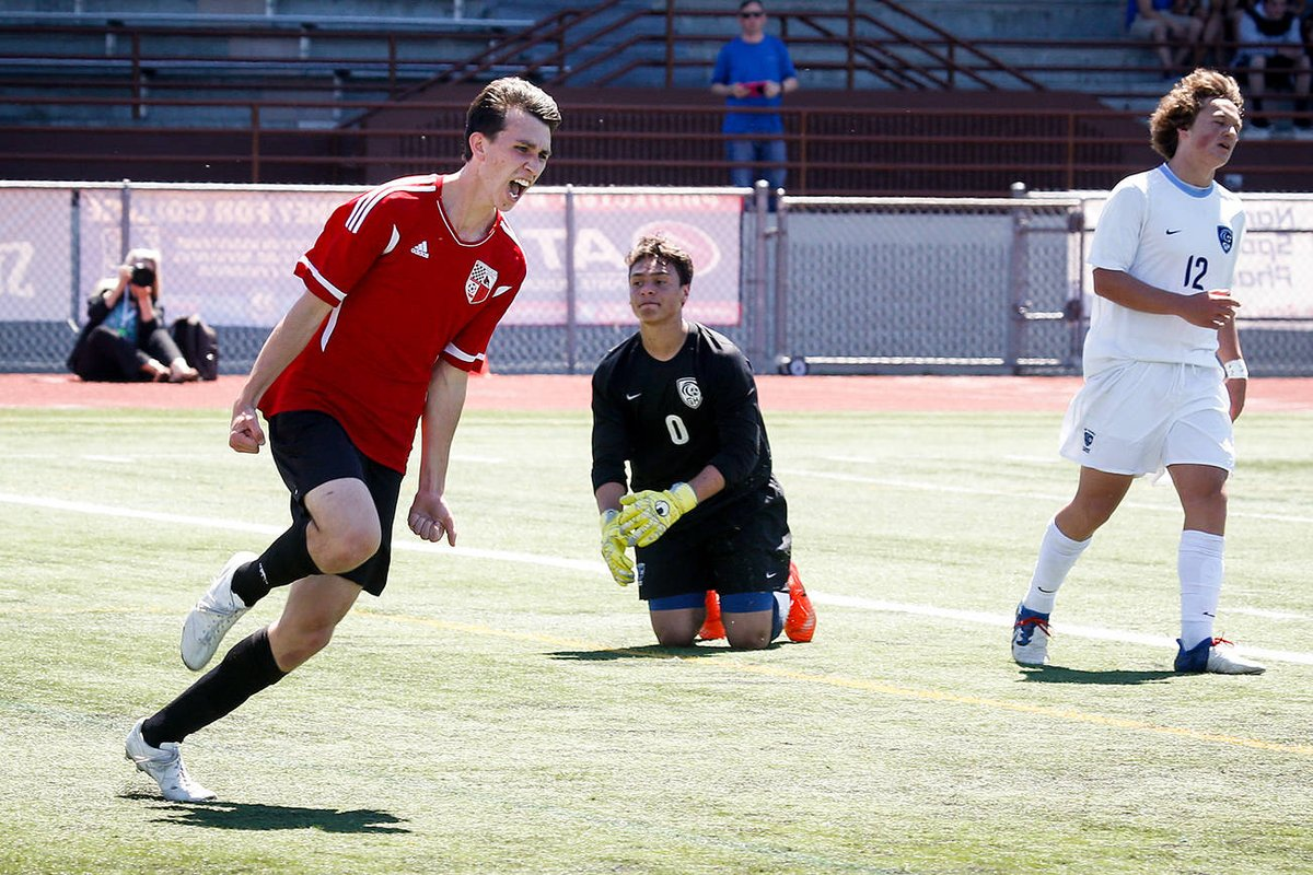 test Twitter Media - Snohomish soccer team beats Gig Harbor, will play for 3A title https://t.co/fAQBCfTm48 https://t.co/2FE8PH3s6y