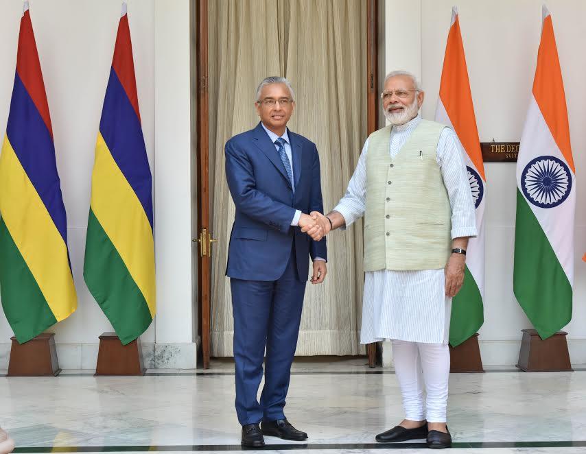 PM Shri @narendramodi meeting with PM of Mauritius, Pravind Kumar Jugnauth at Hyderabad House in New Delhi.