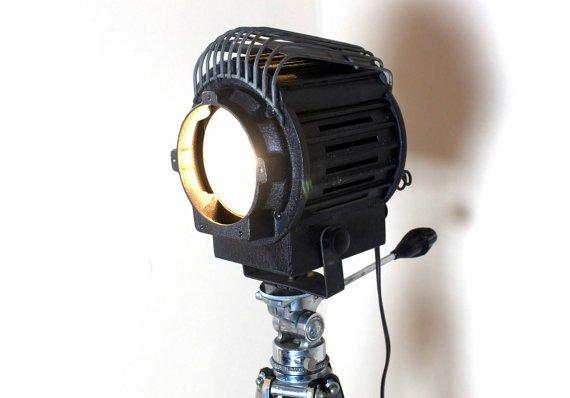 ♣❤ #StageLight - #HomeTheater Decor - Vintage authentic Thalhammer Tripod Super Spot Lamp  https://t.co/599g9JJqox https://t.co/fpDnDJkjss