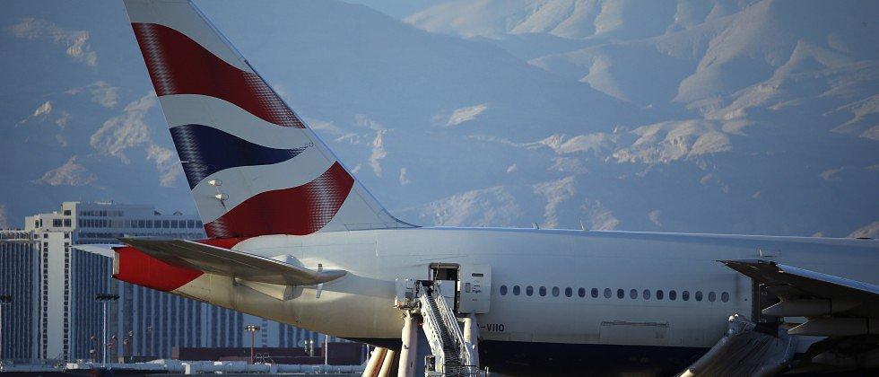 Datorsistēmu problēmu dēļ visā pasaulē kavējas «British Airways» avioreisi