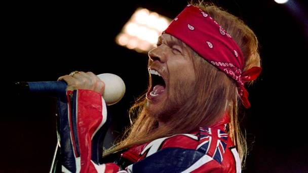 How a genius farmer saved the day the last time Guns n' Roses played Slane