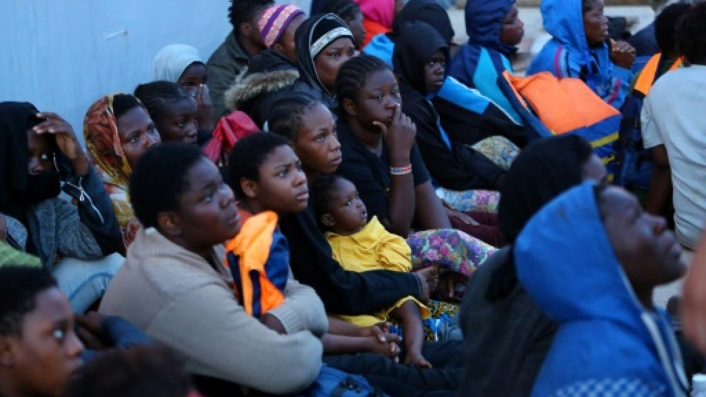 Some 10,000 migrants rescued off Libya coast in 4 days
