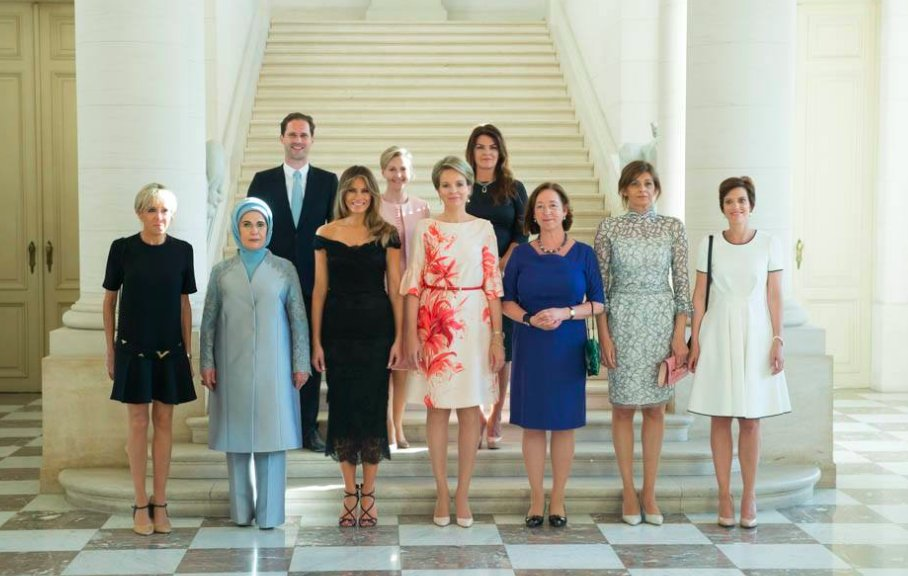 RT @Newsweek: White House excludes gay first spouse of Luxembourg from photo caption https://t.co/4SuUULlbH4 https://t.co/cTdgukrZEy