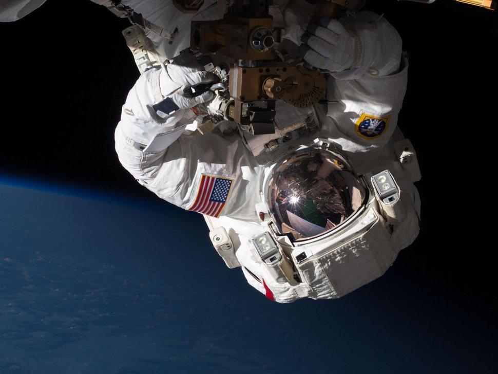 El aterrador relato del astronauta que casi se ahoga en el espacio
