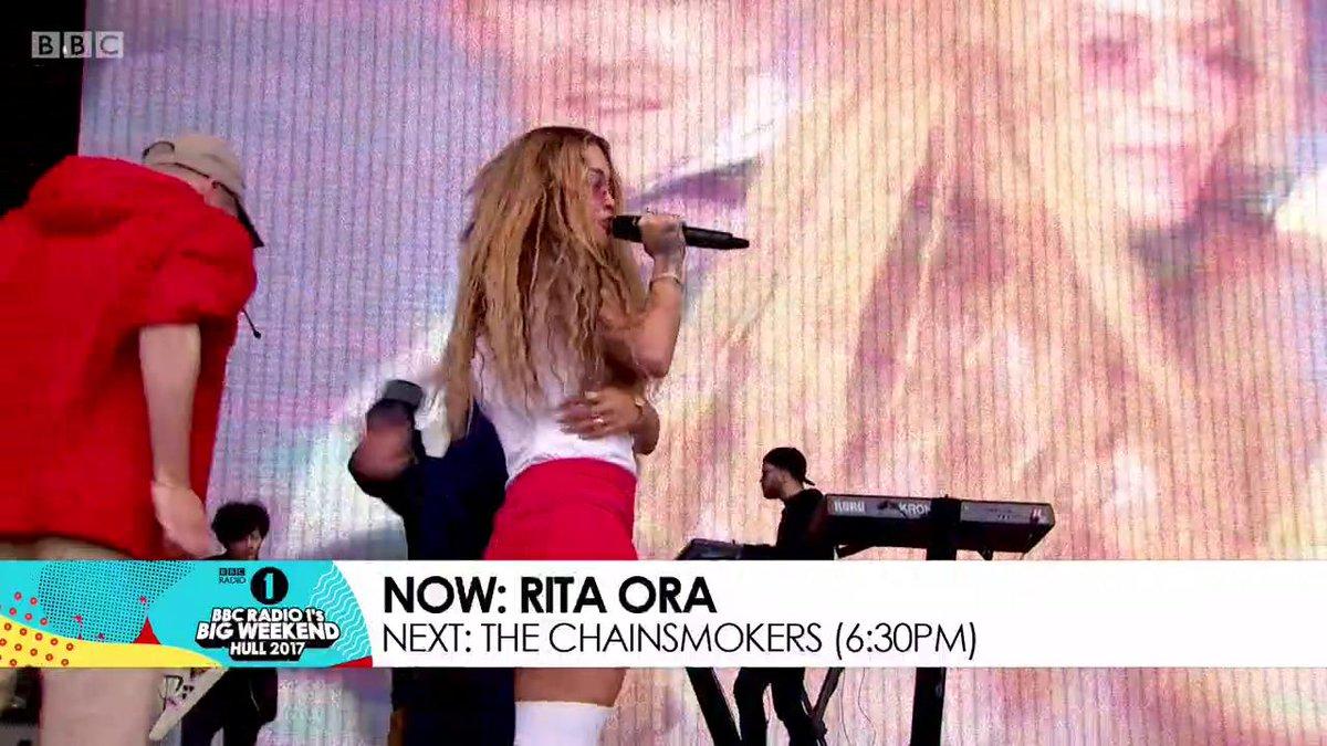 RT @BBCR1: ???? @RitaOra bringing her girls out ????✨ @raye #BigWeekend https://t.co/4t4HBZKUrg https://t.co/e768A4s14G
