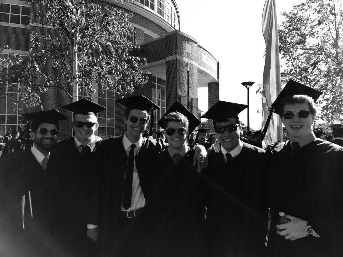 Congratulations class of 2017! #Bates2017 #BatesCommencement https://t.co/DNgnhOckTB
