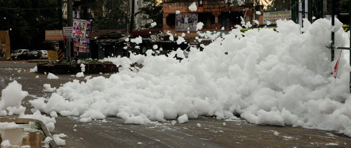 Varthur Lake After heavy rain, chemical 'snowfall' in Bengaluru via @TOIBengaluru