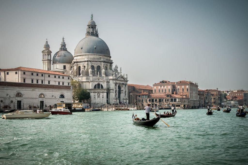 #Venice  https://t.co/WKnWmEIDRZ https://t.co/QXyu7s6R3Y