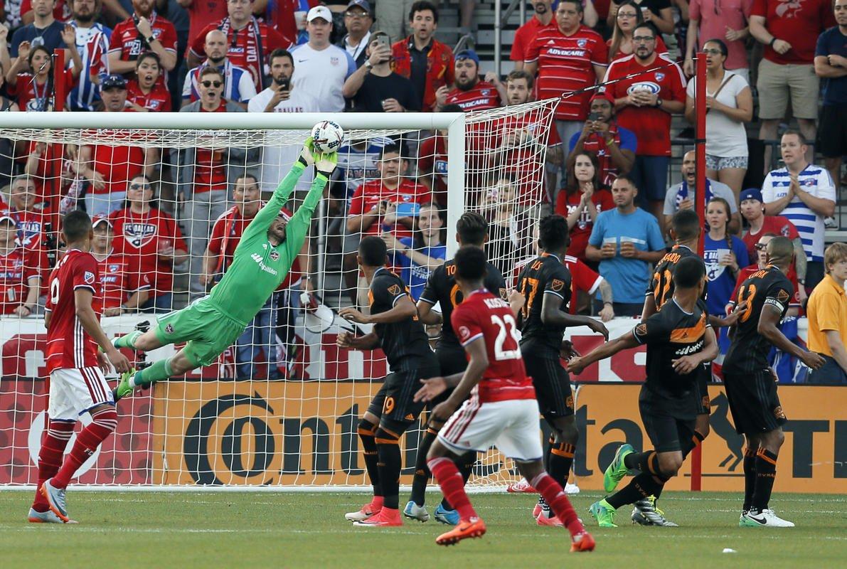 Deric makes 4 saves, Dynamo and FC Dallas tie 0-0