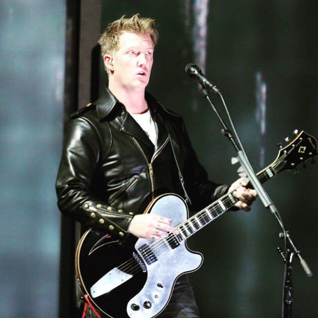 Happy birthday Josh Homme!!!!