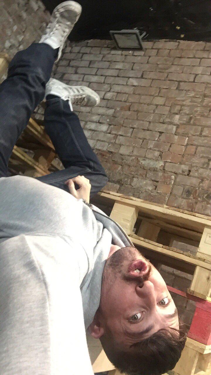 Hanging  around on the @Badpuppy set with @koby_lewisXXX @NathanRaiderXXX & @JPDuboisxxx https://t.co/mdhquQF1ww