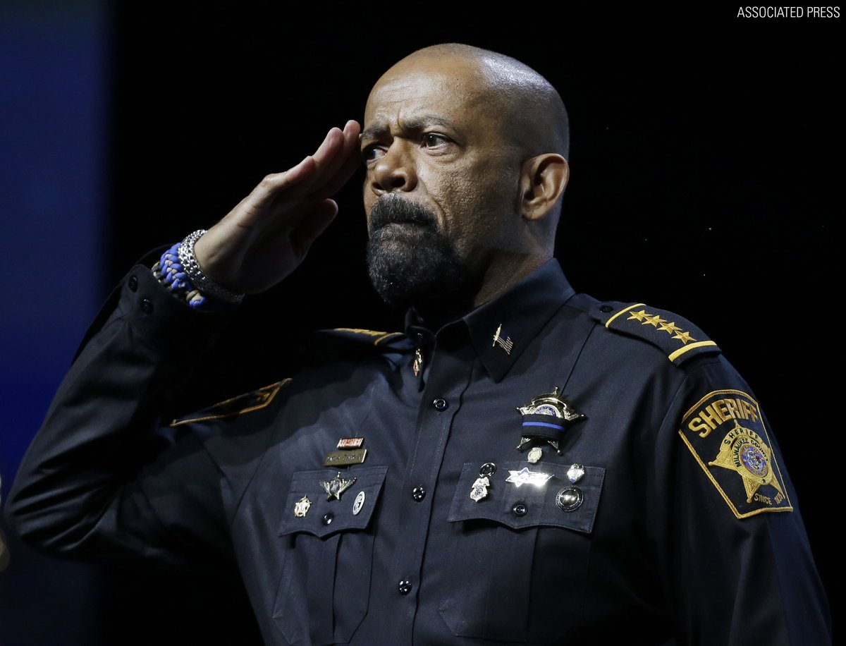 .@POTUS purportedly taps @SheriffClarke for Homeland Security post https://t.co/TWwj0Hbdwd https://t.co/wbSetQhqtn