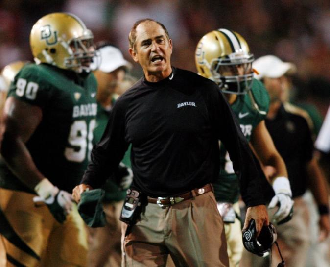 Ex-Baylor student sues school, says gang raped by football players