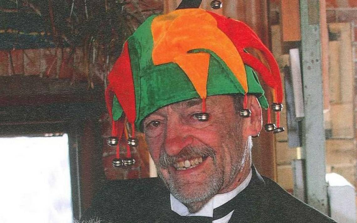Gruff as he was grand, KC art dealer Tom Deatherage dies at age 74